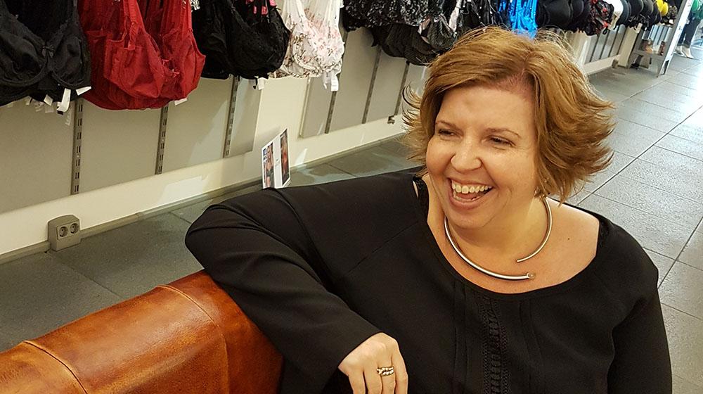 Nathalie Richheimer in haar winkel